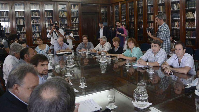 Docentes rechazaron el 23,6% de oferta salarial de Vidal