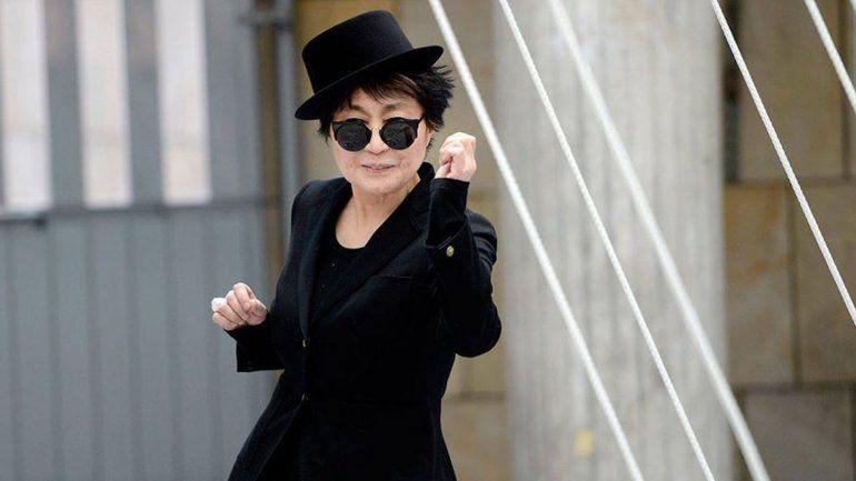 Yoko Ono dejó en claro cómo prefiere que la vean a sus 83 años.
