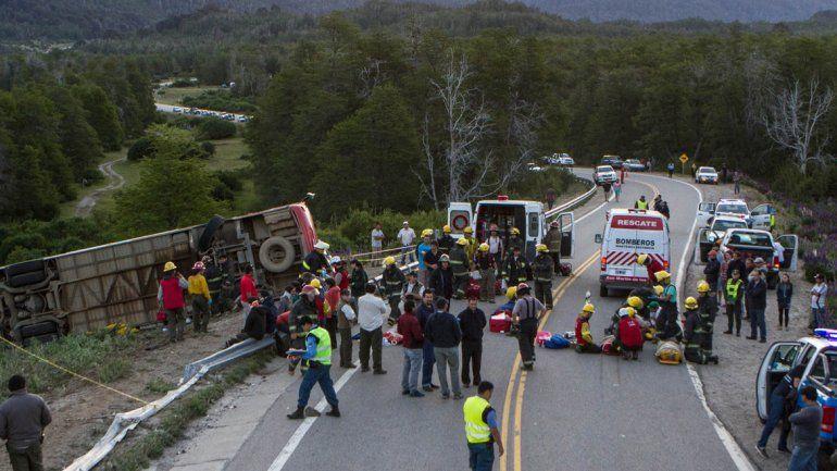 La tragedia ocurrió en la curva del lago Villarino en diciembre de 2014.