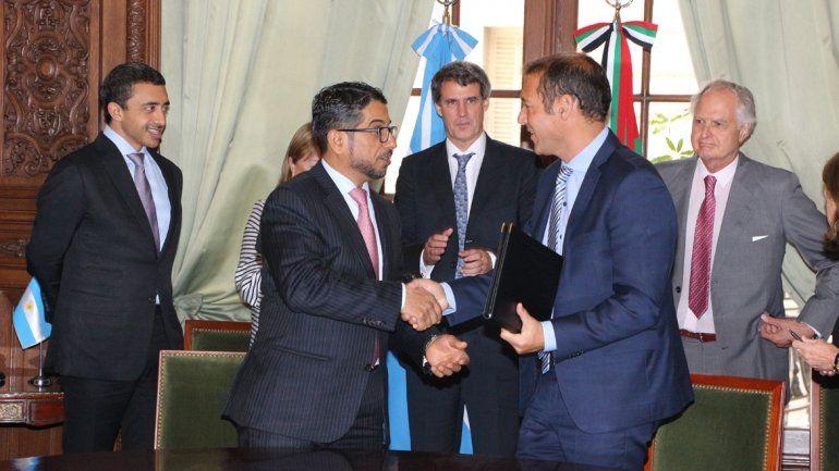Provincia acordó con Emiratos Árabes un préstamo por 15 millones de dólares