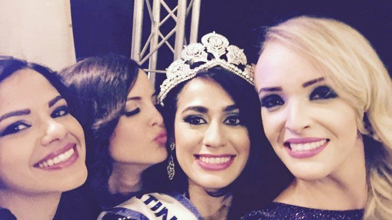 Andrea se hace llamar Shaira Amón y es bailarina árabe profesional.