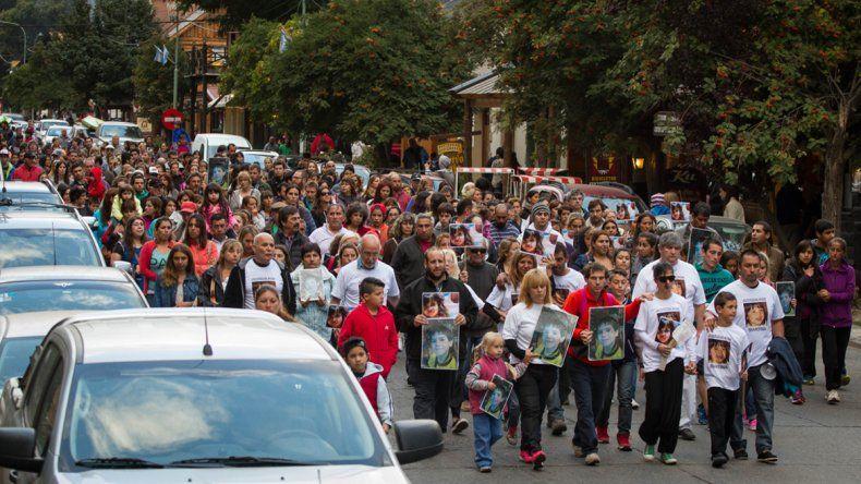 Marcharon para pedir justicia por los niños muertos al caer un árbol