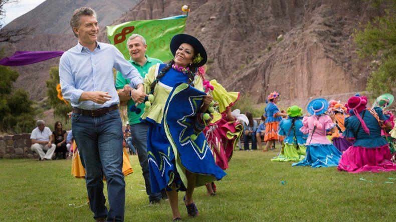 Macri anunció inversiones en Purmamarca. Lo acompañaron Morales