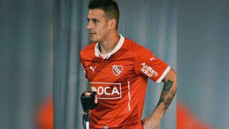 El Tanque Denis volverá a ponerse la camiseta del Rojo. CRÉDITO