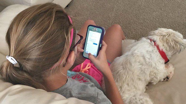 Una investigación de la Dirección de Deportes de la Provincia revela que los chicos pasan mucho tiempo con el celular