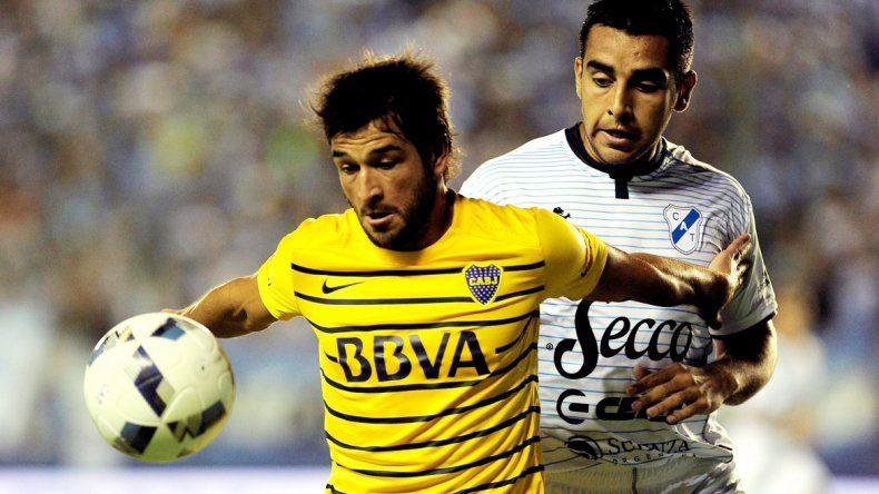 Al Xeneize le costó mucho en su debut y apenas consiguió un empate. El Vasco continúa preocupado.