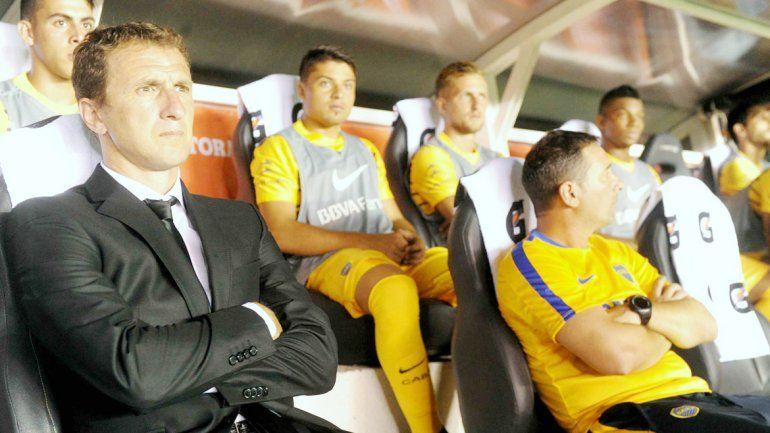 Al Xeneize le costó mucho en su debut y apenas consiguió un empate.El Vasco continúa preocupado.