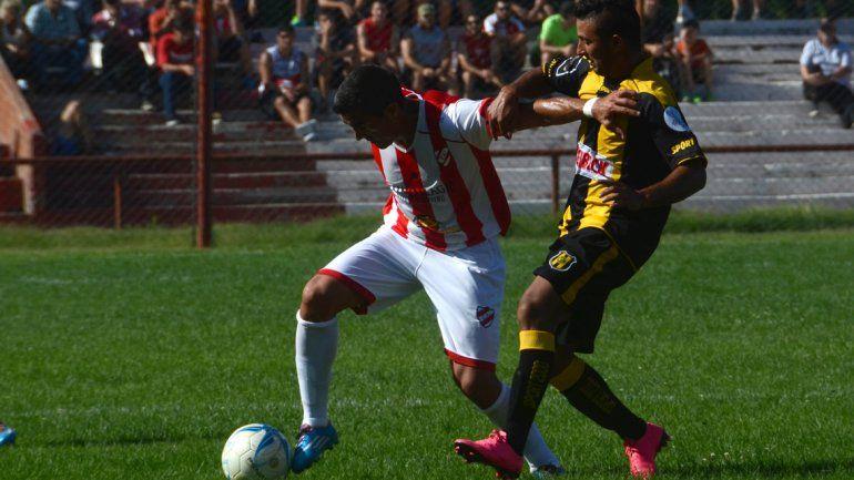 El Rojo neuquino debutó con un buen triunfo contra Deportivo Madryn