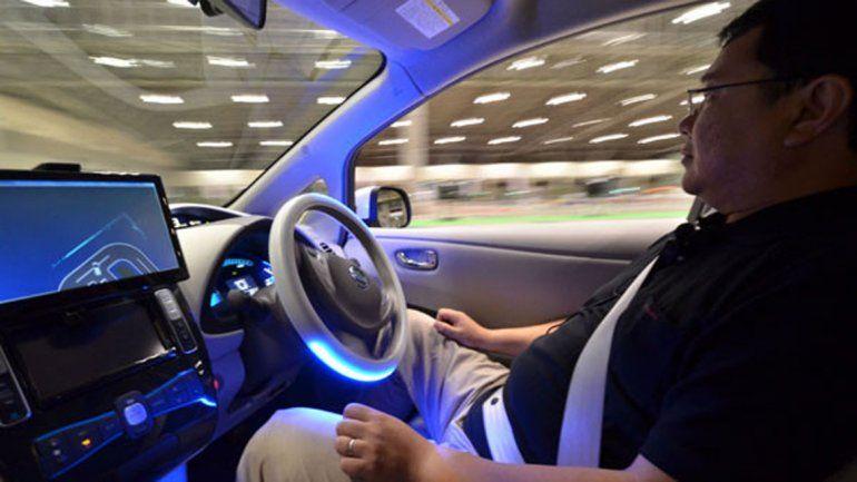 Los autos que hacen realmente todo están a una década de distancia todavía