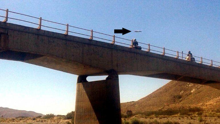 Ver para creer: una familia asegura que fotografió un OVNI en La Rinconada