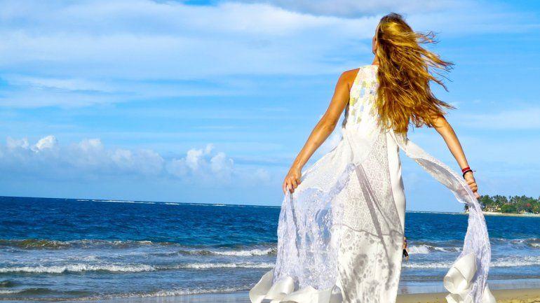 La sanación -al contrario de la curación- surge desde adentro de uno.