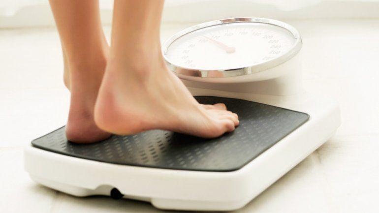 El riesgo de pesarse todos los días es que muchos se terminan obsesionando con lo que les marca la balanza.