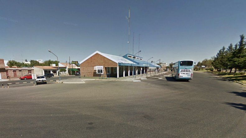 Una adolescente china fue asaltada en la terminal de Cutral Co