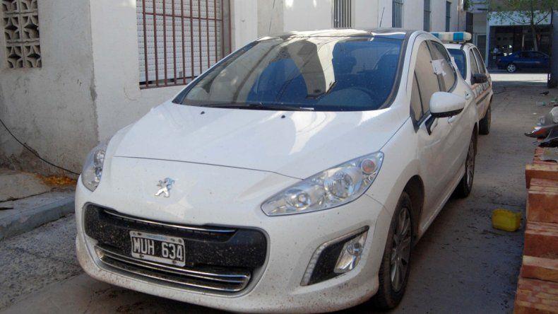 El Peugeot 308 de las víctimas fue recuperado en Neuquén.
