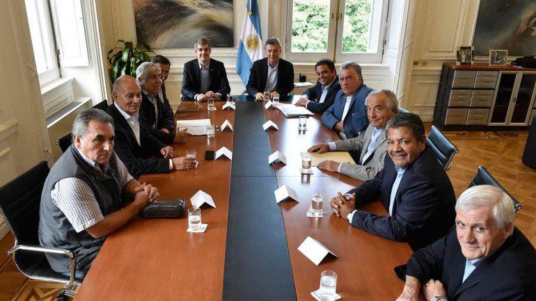 Finalizó el encuentro entre Macri y los líderes sindicales