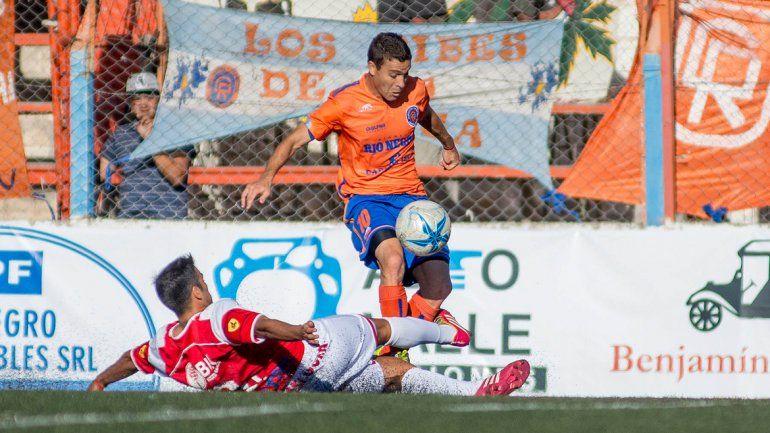 Deportivo Roca venció a Independiende de Neuquén