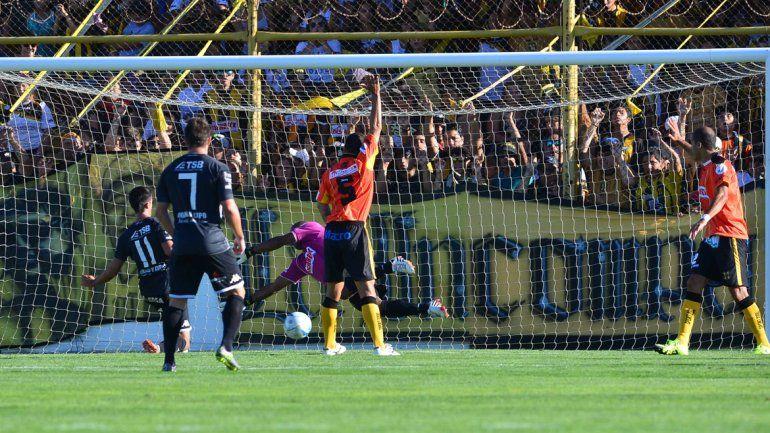 El Albinegro no levanta y ya surgen las primeras preocupaciones. El finde se viene un partido caliente frente a Deportivo Roca.