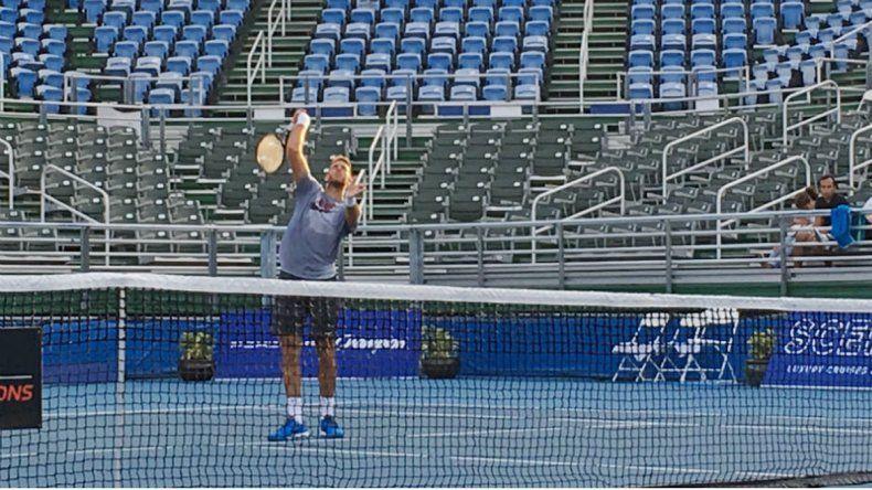 El tandilense se entrenó ayer pensando en la vuelta al circuito ATP.