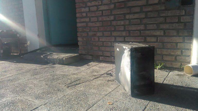 Se incendió una farmacia en el barrio Limay