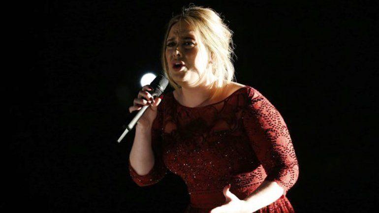 La presentación de la cantante sufrió problemas técnicos.