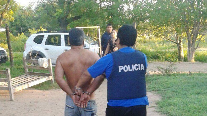 La policía santiagueña detuvo al hombre acusado de prostituir a su hija.