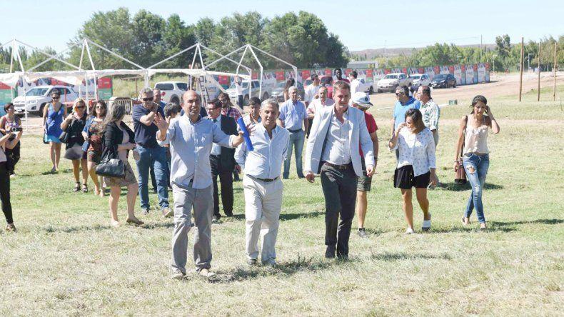 Quiroga y sus funcionarios supervisaron ayer los trabajos en el lugar en el que se va a desarrollar la fiesta.