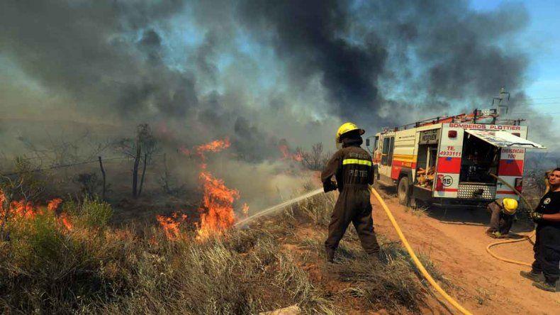 Cierran cuarteles de bomberos del interior por falta de fondos