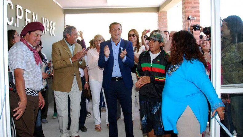 El gobernador Omar Gutiérrez junto Jorge Sapag.
