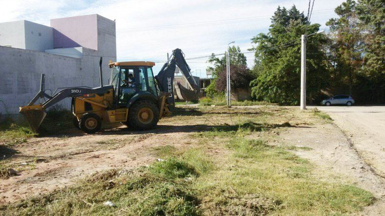 El Municipio quiere que los dueños de los baldíos sean responsables.