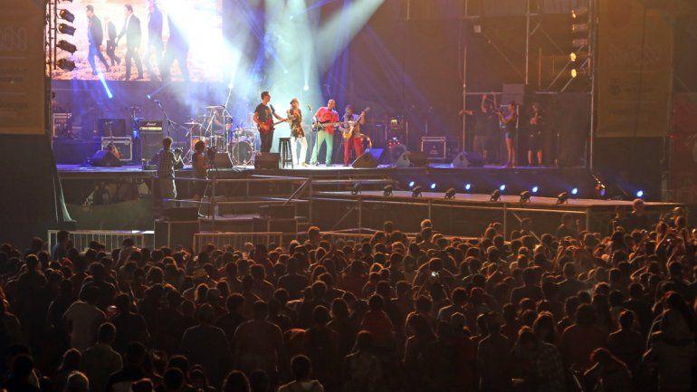 La imagen de la multitud. Una postal que se repitió durante las tres noches.