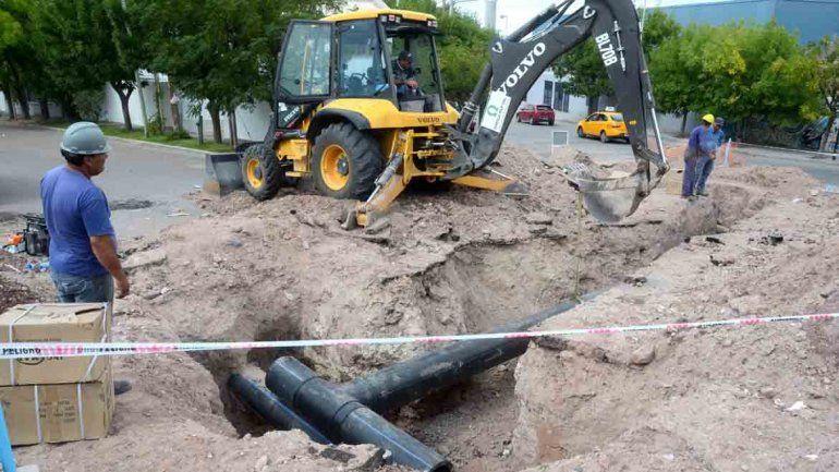 Diez barrios están sin agua por obras del EPAS