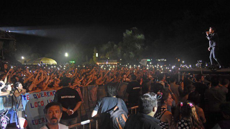Ante una multitud, Axel cerró la IV Fiesta de la Confluencia