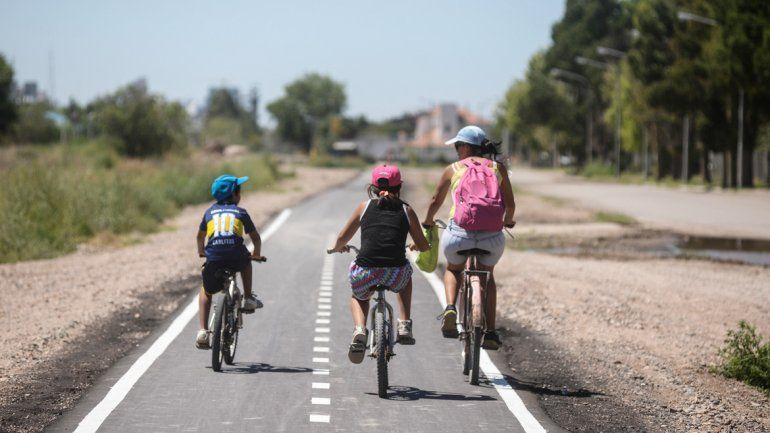 Con las ciclovías, el Municipio unirá el oeste y los puentes carreteros.