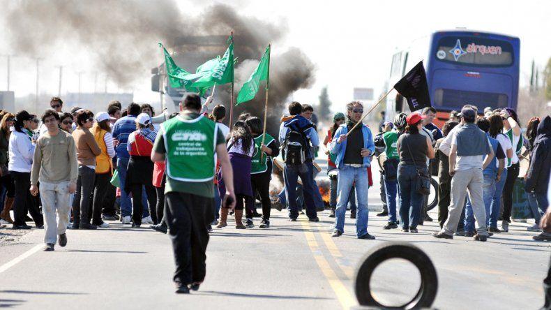 Los trabajadores estatales protagonizaron la mayoría de las protestas.