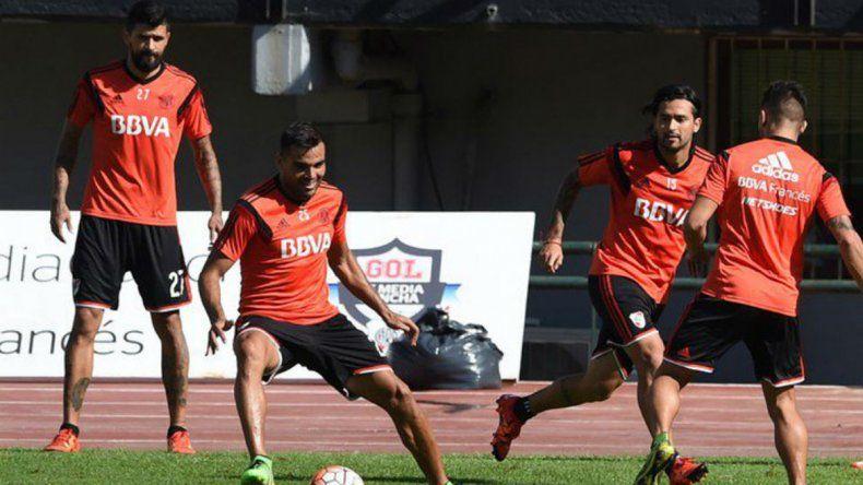 El Millonario realizó trabajos tácticos en su último entrenamiento.
