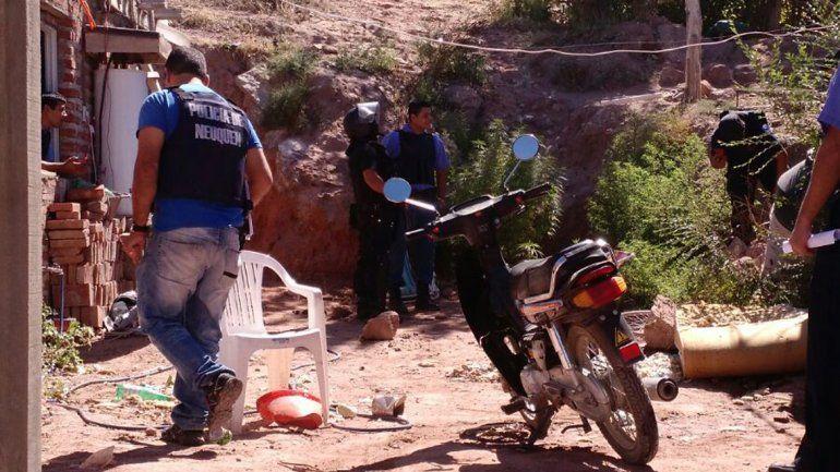 Golpe a la banda de Los Chavos: detuvieron a 16 jóvenes y secuestraron armas y drogas
