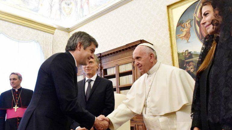 Los funcionarios argentinos relativizaron lo poco amigable que el Papa se mostró con el presidente Macri.