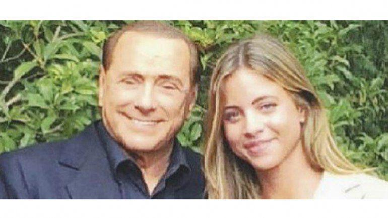 La nueva novia de Berlusconi es hija de un importante empresario de la ciudad de Roma.