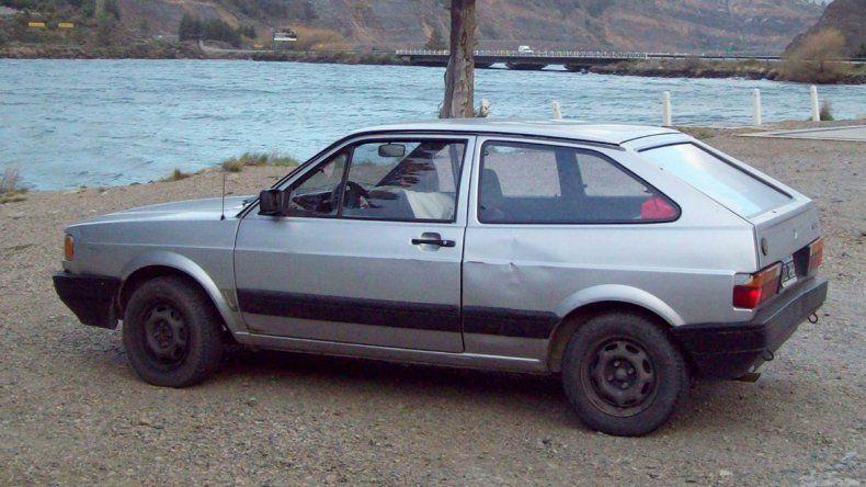 El VW Gol modelo 92 robado en Brentana casi Roca de Cipolletti.