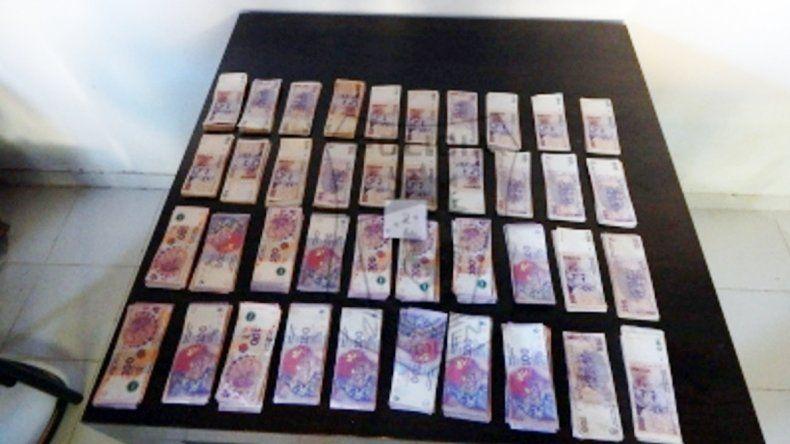 Los 39 mil pesos que el joven le robó de la panadería a su jefe.