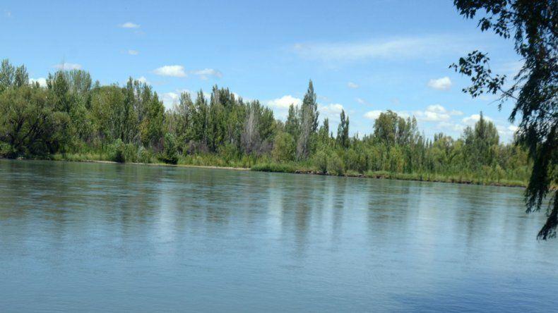Provincia controlará la contaminación del Limay
