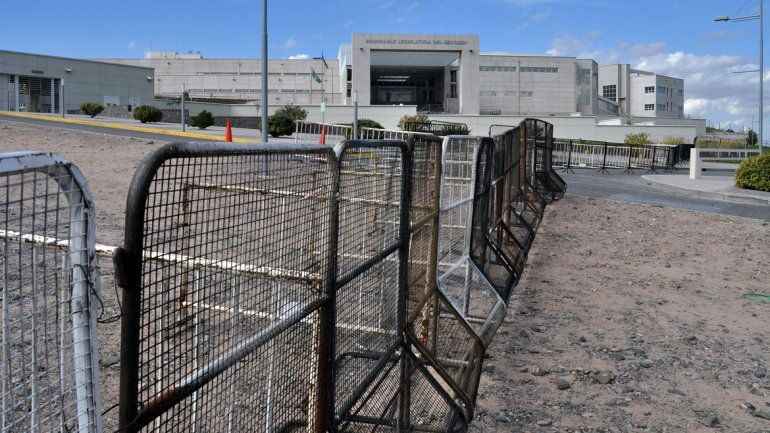 Diputados esperan definiciones económicas de Gutiérrez