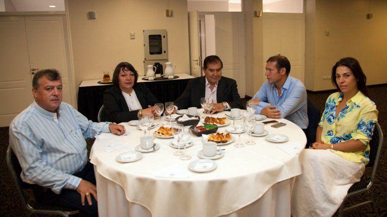 Gutiérrez junto a los legisladores nacionales del MPN.
