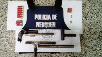Las tumberas y cartuchos que secuestraron en la casa de Limoncito.