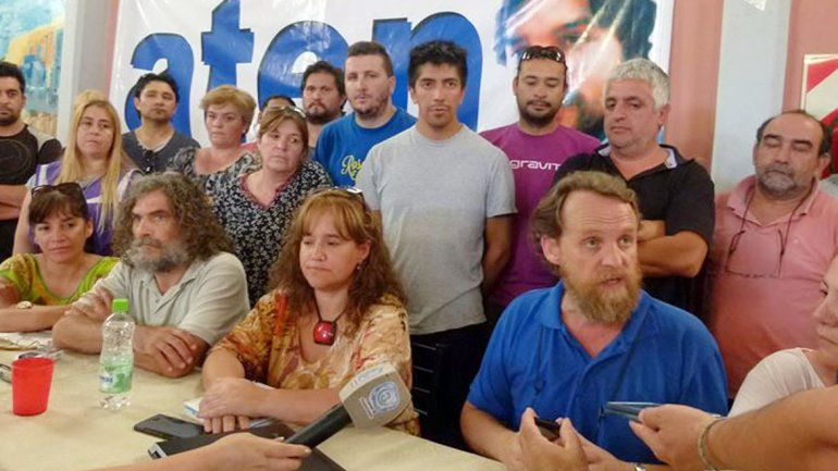 Los dirigentes gremiales realizaron el plenario ayer en Cutral Co y rechazaron la suba ofrecida.