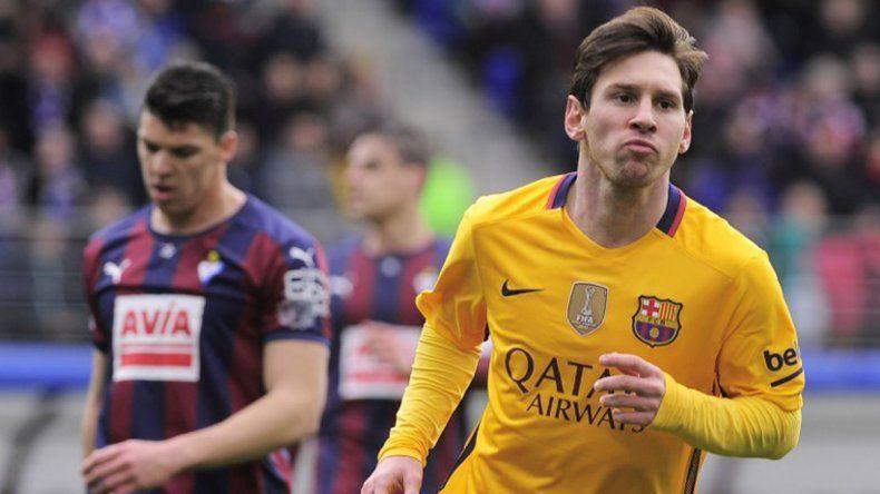 Con dos goles de Messi, Barcelona le ganó  4-0 al Eibar y sigue caminando firme hacia el título