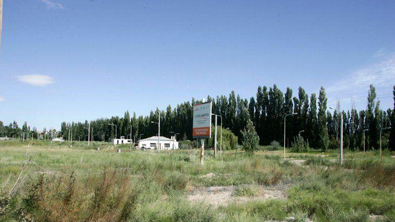 Muchos de los loteos a la vera de la Ruta 7 se habilitaron en 2011. Hayan construido o no