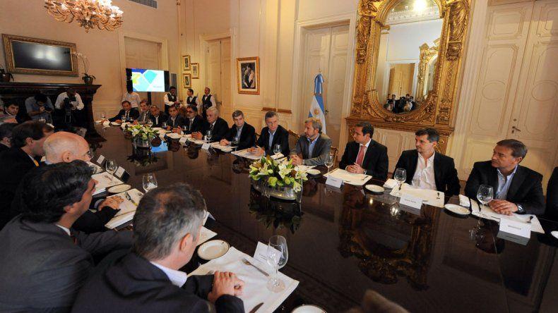La reunión se realizó hoy en Buenos Aires y participaron 23 intendentes de capitales provinciales.