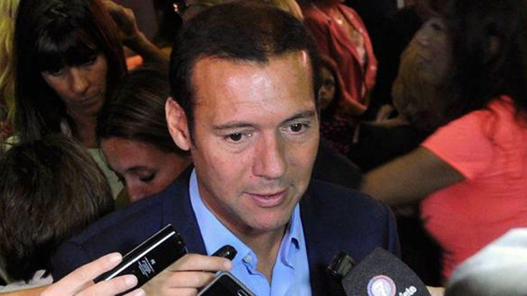 El gobernador Omar Gutiérrez.