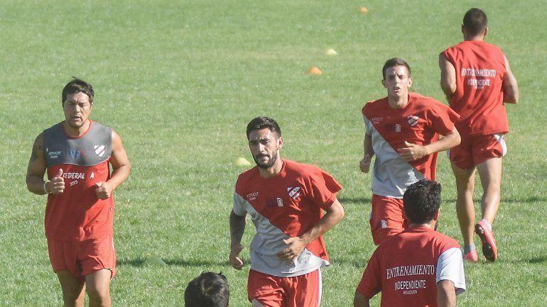 El Rojo descansa hoy y mañana hará fútbol para perfilar el once.
